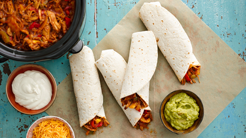 slow-cooker-barbecued-pulled-pork-fajitas